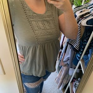 Green Fit and Flare Short Sleeve Top